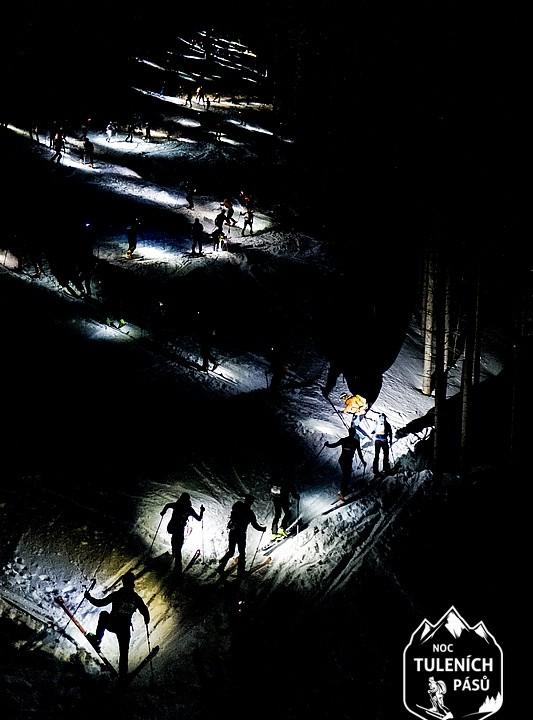 Noc tuleních pásů 2019